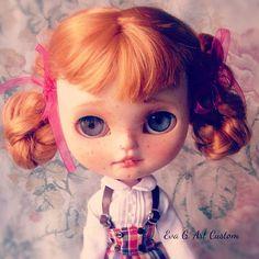 Daniela, for adoption on Etsy#blythe #blythedoll #dolls #custom #blythecustom #icydoll #ooakdoll #ooak #customblythe #art #artphoto #customblythe #toycollector #toycollection #photography #romantic #handmade #handmadewithlove #blythedolls #ooakdolls #customize #customer #dollforadoption #adoption #evagcustom #jeccifive #etsy #kawaii #etsyseller