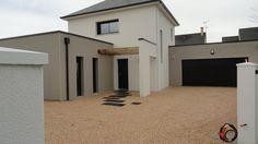 Photo installation of a Nidragravel - Track - driveway - coated - Loire Atlantique - Audrye Liverseege Duplex House Design, Duplex House Plans, Home Landscaping, Front Yard Landscaping, Exterior Design, Interior And Exterior, Contemporary House Plans, Landscape Architecture, House Colors
