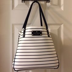 f8fe0fe88 Kate Spade New York City stripe small sidney tote ✨REDUCED✨ was  $140____Printed grainy