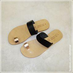 Me Too Shoes, Slip On, Sandals, Fashion, Moda, Shoes Sandals, Fashion Styles, Fashion Illustrations, Sandal