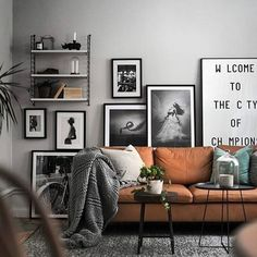 Find your favorite Minimalist living room photos here. Browse through images of inspiring Minimalist living room ideas to create your perfect home. home decor lighting Creating More Spacious and Alive Living Room by Minimalist Design - Samoreals Home Design, Home Interior Design, Modern Design, Design Ideas, Design Trends, Interior Ideas, Design Design, Modern Interior, Cosy Interior
