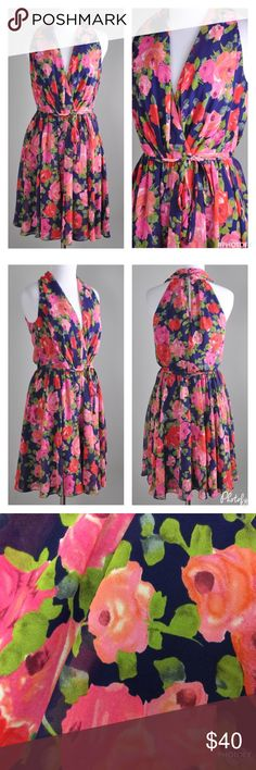 """BOSTON PROPER FLORAL HALTER DRESS Floral Lined Halter Dress  Boston Proper   Lovely Rose Floral Print  Belted with Elastic Waist   Sleeveless with V-Neckline   Lined, Back Zipper   Soft Pleats that Flows Beautifully   Size 4 32"""" B, 24"""" W, flat, 28"""" W stretched  36"""" H, 35"""" L  100% Polyester   🚫NO TRADES Boston Proper Dresses"""