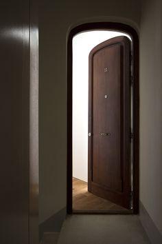 #House #Interiors #Door #Minimal #DotPartners #Valencia
