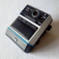 https://flic.kr/p/Pg3hzu | Fully restored 1976 Kodak EK6 Instant camera, with original box, necklace and batteries