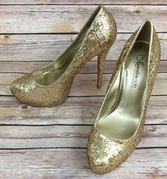 ShoeDazzle Women s NEW Stiletto Pumps Size 8M Signature Sole Gold Glitter  NEW! Christian Louboutin So 727f3282c6