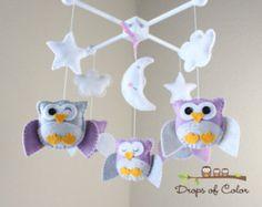 """Baby-Krippe Mobile - Owl Mobile Baby - Kinderzimmer-Owl-Mobile - lila und grau Eulen """"Fünf Eulen in der Nacht"""" (Sie können Ihre Farben auswählen)"""