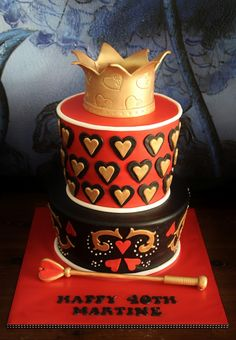 Martine's Queen of Hearts Cake for her Heart Birthday Cake, 60th Birthday Cakes, Sweet 16 Birthday, 26th Birthday, Birthday Ideas, Fire Cake, Happy Tea, Alice In Wonderland Cakes, Disney Cakes