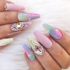 Sweet pastel ombre nail designs for coffin nails Cute Acrylic Nails, Cute Nails, Pretty Nails, Gel Nails, Coffin Nails, Toenails, Ombre Nail Designs, Cute Nail Designs, Acrylic Nail Designs
