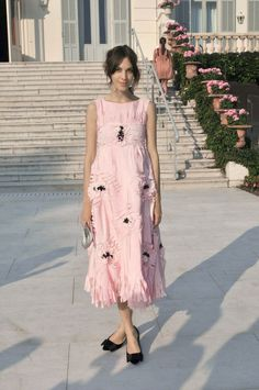 for the frill of it. #AlexaChung in London.
