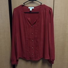 F21 Button Up Blouse Never worn and in perfect condition, burnt red color, super cute and can be worn dressy or casually Forever 21 Tops Blouses