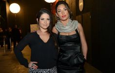 Samara Felippo e Giselle Itié trocam beijos em festa, diz colunista