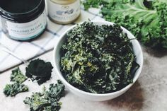 Blog - Cheezy Tahini Green Superfood Kale Chips (Recipe!)