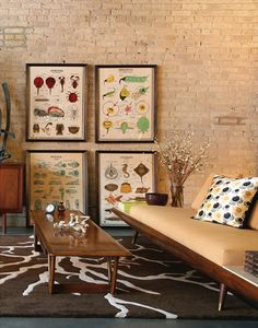 What a great look and feel to this room.  desire to inspire - desiretoinspire.net - DaneTashima