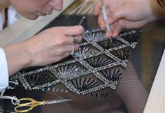 Embroidery for a haute couture-Gallery - Fotogallery
