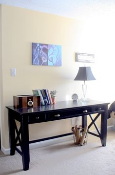 How to build a DIY writing desk. Free plans and tutorial!