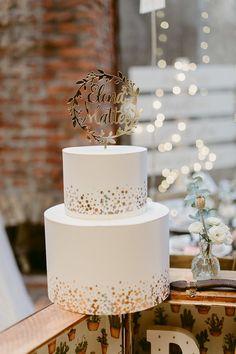 laser cut cake topper - The Love Affair 2017 Luxury Wedding Cake, Themed Wedding Cakes, Wedding Cake Rustic, Elegant Wedding Cakes, Wedding Cakes With Flowers, Wedding Cake Designs, Engagement Cake Design, Engagement Cakes, Recuerdos Primera Comunion Ideas