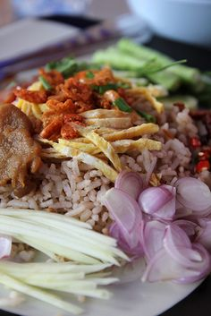 Khao Kluk Kapi (ข้าวคลุกกะปิ) – A Little Known, But Massively Flavorful Thai Dish by MARK WIENS on AUGUST 20, 2013