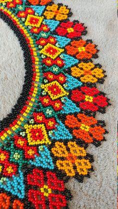 Handmade all beaded Embera necklace. Diy Fabric Jewellery, Beaded Jewelry Patterns, Beading Patterns, Seed Bead Art, Seed Bead Jewelry, Bead Loom Designs, Native American Beadwork, Beads And Wire, Loom Beading