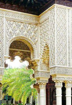 Hermosa arquitectura islámica de Marruecos.                                                                                                                                                                                 Más