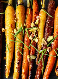 Maple Dijon Roasted Carrots; This SUPER EASY, healthy, paleo, gluten ...