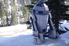 R2-D2-AE2 life-size papercraft droid