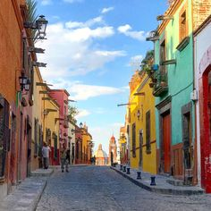"""The Southern Coterie blog: """"Must Dos in San Miguel de Allende"""" by Holly Phillips"""