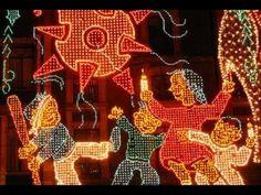 Naca Navidad! Mexican Christmas Traditions, Xmas Carols, Christmas Time, Christmas Ornaments, Tropical, Christmas Pictures, Holiday Decor, Brave Princess, Princess Disney