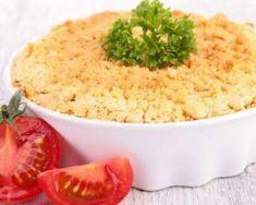 Crumble allégé tomate, basilic et son d'avoine : http://www.fourchette-et-bikini.fr/recettes/recettes-minceur/crumble-allege-tomate-basilic-et-son-davoine.html