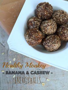 Healthy Monkey Banana & Cashew Energy Balls – Ribas With Love Clean Eating Recipes, Raw Food Recipes, Brunch Recipes, Snack Recipes, Cooking Recipes, Healthy Recipes, Cashew Recipes, Granola, Monkey And Banana
