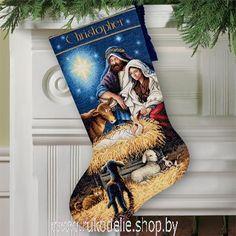 Святая ночь, новогодний сапожок. Вышивка / Embroidery. Рождество, Новый год. Kits for embroidery. Набор для вышивки крестом Dimensions. Поделки своими руками, подарок.