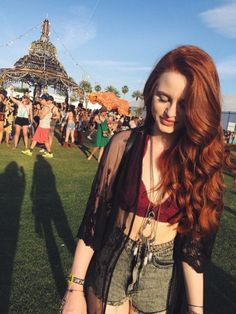 Uploaded by Find images and videos about coachella, riverdale and madelaine petsch on We Heart It - the app to get lost in what you love. Costume Noir, Riverdale Cast, Riverdale Cheryl, Madelaine Petsch, Cheryl Blossom, Ginger Hair, New Hair, Redheads, Hair Inspiration