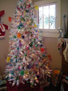 The PARTY tree! by *amber e*, via Flickr  (this was one of my best trees ever!)