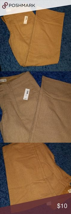 *NWT Old Navy wool blend boot cut work pant *NWT Old Navy wool blend boot cut work pant *see all photos for true color Old Navy Pants Boot Cut & Flare