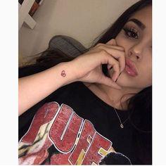 Image about girl in Maggie Lindemann by Dem on We Heart It Maggie Lindemann, Disney Instagram, Instagram Girls, Selfie Poses, Photos Tumblr, Pretty People, Cute Girls, Bad Girls, Models
