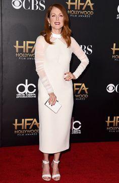 julianne moore white long sleeve dress 2017
