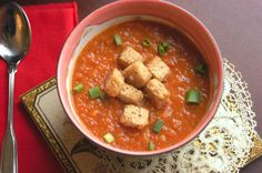 Creamy tomato & sweet potato soup with brown butter croutons. Romanian Food, Romanian Recipes, Soup Recipes, Healthy Recipes, How To Peel Tomatoes, Sweet Potato Soup, Brown Butter, Soups And Stews, Potatoes