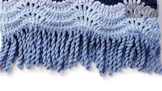 The blanket shown in this tutorial is called the Crochet High Tide Blanket. The number of times you need to twist is dependent on the yarn and pattern. Crochet Boarders, Crochet Blanket Edging, Crochet Edging Patterns, Blanket Yarn, Crochet Motif, Crochet Stitches, Stitch Patterns, Crochet Edgings, Crochet Shawl
