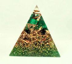 Orgone Energy Healing Pyramid - EMF Protection Malachite, Clear Quartz and Shungite - Meditation - Reiki - Heart Chakra by EmpowerOrgone on Etsy