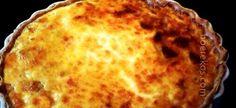 hemelse ligte ete, ook perfek vir eenpan ontbyt 1 kop melk 1 blik bull brand boeliebief 1 ui, gekap 1 groenrissie, gekap 1 kop gerasperde kaas 6 ekstra groot eiers, geklits 3 el kookolie rooi en of… Quiche Recipes, Meat Recipes, Cooking Recipes, Recipies, Casserole Recipes, Yummy Recipes, Tuna Quiche, Frittata, Kos