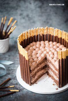 Schnelle Mikado Torte (Pocky Cake) mit Schoko-Rum-Creme