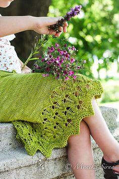 Ravelry: Spring Foliage pattern by Monika Sirna