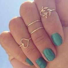 Niceroker(TM) Fashion Gold Plated Leaf Heart Joint Knuckle Nail Ring Set of Four Rings