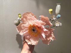 Headpiece designed by fleuriste Effi Pingel. Made to the Yde Copenhagen show, spring/summer 2017, in Paris, oct. 2016