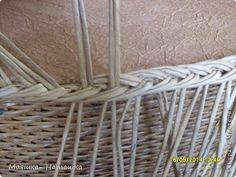 Поделка изделие Пасха Плетение Несколько плетушек + маленький МК Бумага газетная Трубочки бумажные фото 25