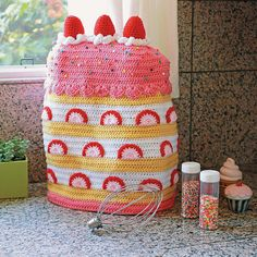 Twinkie Chan's Crocheted Abode a la Mode: 20 Yummy Crochet Projects for Your Home Strawberry Shortcake Mixer Cover