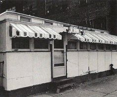 Jack's Dinor -------- Jack's Dinor was snugly nestled against he north wall of the Modern Tool Building, within their parking lot on East 3rd street. It opened it 1937 and closed in 1981. It was an old dining car; a one man operation with a limited menu. It was demolished in 1986.