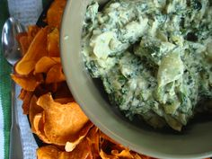 PaleOMG – Paleo Recipes – of July Spinach and Artichoke Dip (two ways! I don't think I will wait until July to make this. This would be great for the holidays! Primal Recipes, Healthy Eating Recipes, Real Food Recipes, Healthy Snacks, Free Recipes, Paleo Whole 30, Whole 30 Recipes, Spinach Artichoke Dip, Spinach Dip