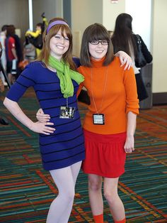 Daphne and Velma, Scooby Doo, photo by Firstpersonshooter.