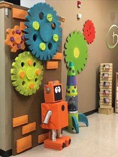 Little robot 😍 🤖 Mad Science, Science Room, Science Fair, Kids Science Lab, Science Fiction, Robot Classroom, Classroom Design, Classroom Themes, Classroom Pictures