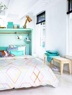 Gravity Interior | Room divider with storage via VT Wonen